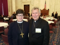 LELBA priekšnieks, prāv. Gunārs Lazdiņš ar ELCA (Evangelical Lutheran Church in America) presiding bishop Elizabeth A. Eaton.